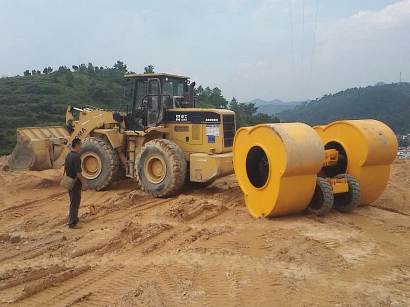 云南省宾川至南涧高速公路冲击压路机施工案例